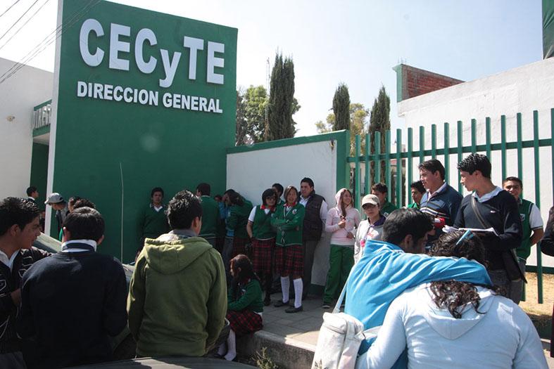 Limitación de secretario de Educación provoca paro en CECyTE´s