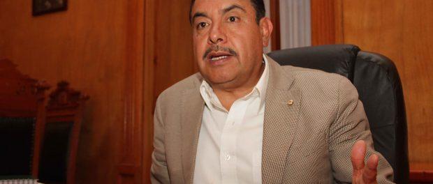 Que se porten bien los priístas pide Florentino Domínguez