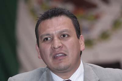 Ex diputado junior pide de a 50 mil pesos a municipios