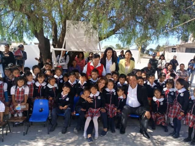 Lorena Cuéllar ahora va por obra en Jardín de Niños