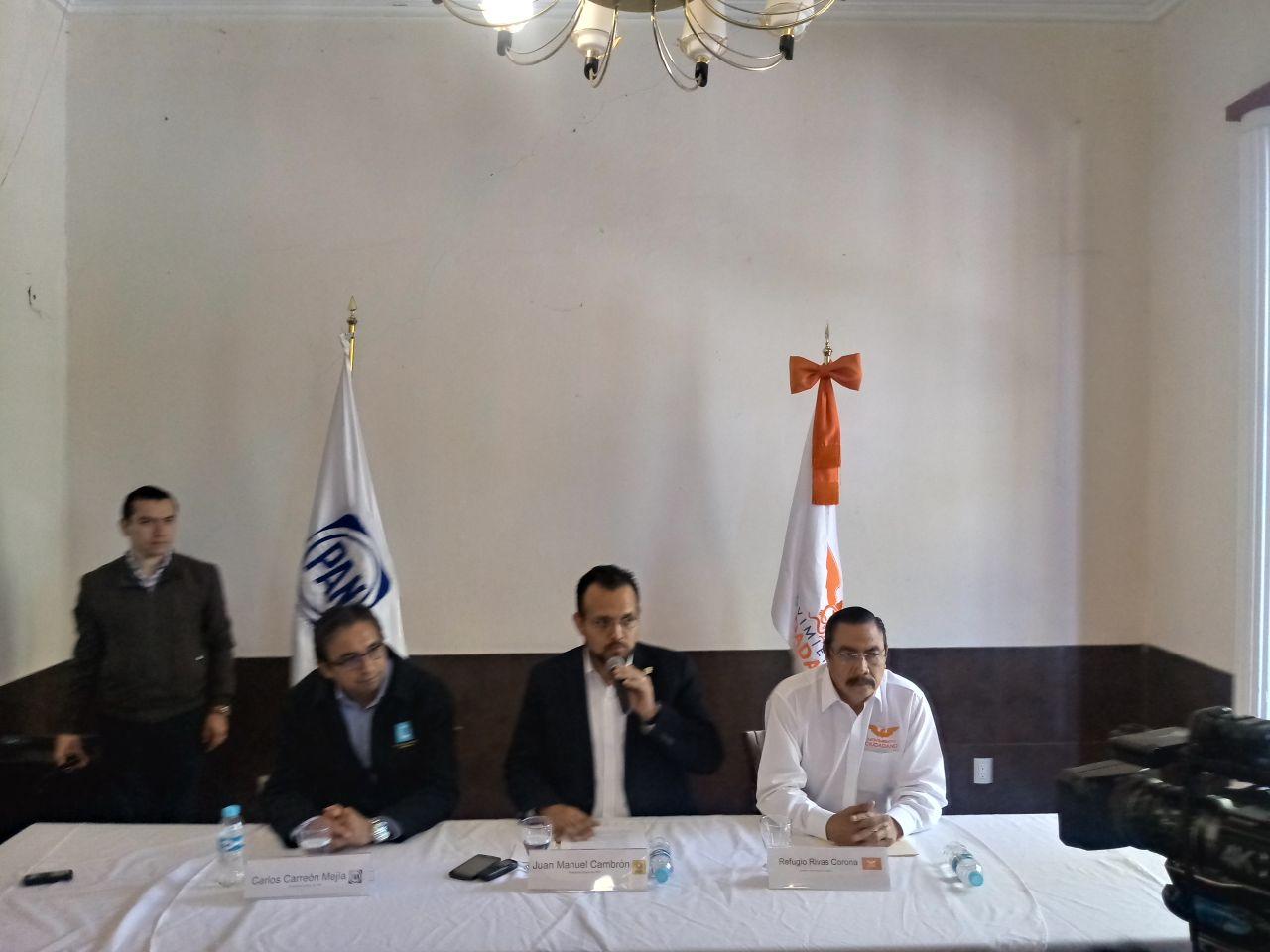 Endeble coalición PAN- PRD- MC, los albiazules insisten en expulsiones