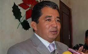 Otro tirador más va por el PRI, se identifica con Marco Mena
