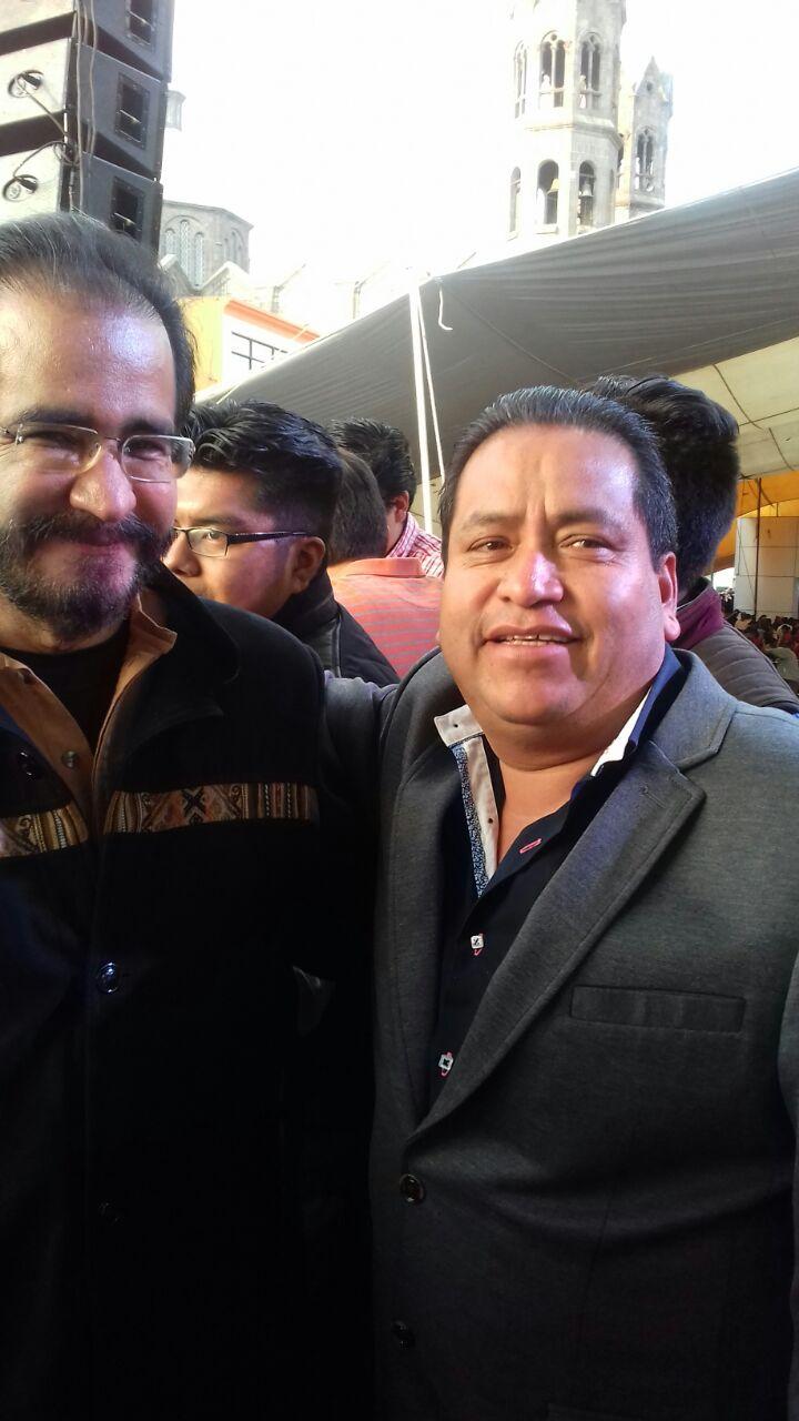Alcalde de Amaxac traiciona a su jefe político