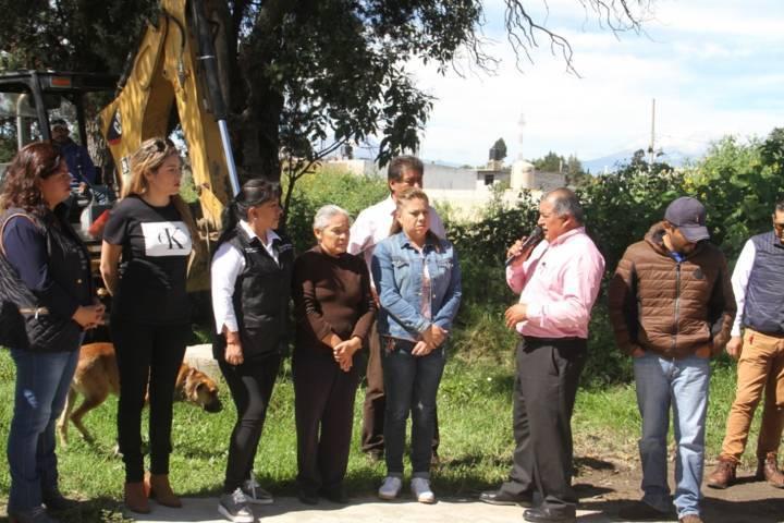 Da alcaldesa de Tlaxcala banderazo de obras en Metepec por cinco millones de pesos