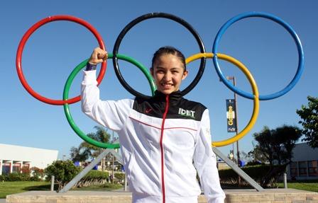 Carolina Peregrina obtiene oro en gimnasia