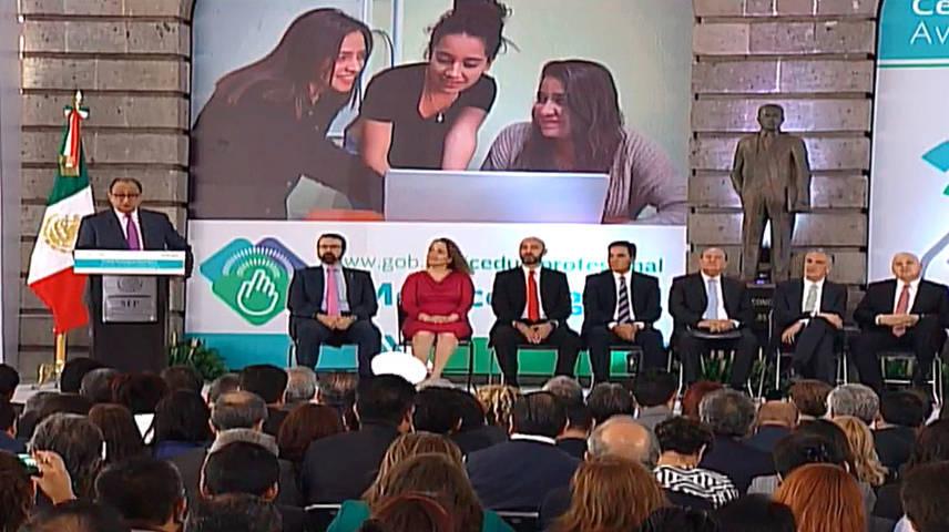 """Tlaxcala se suma a la Estrategia Digital para la """"Expedición de la Cédula Profesional Electrónica"""""""