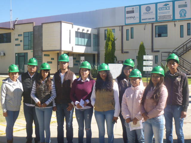 Alumnos de Agrotecnología UPTREP visitan empresa Agroenzimas