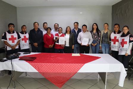 Papalotla y Cruz Roja firman convenio en beneficio de habitantes