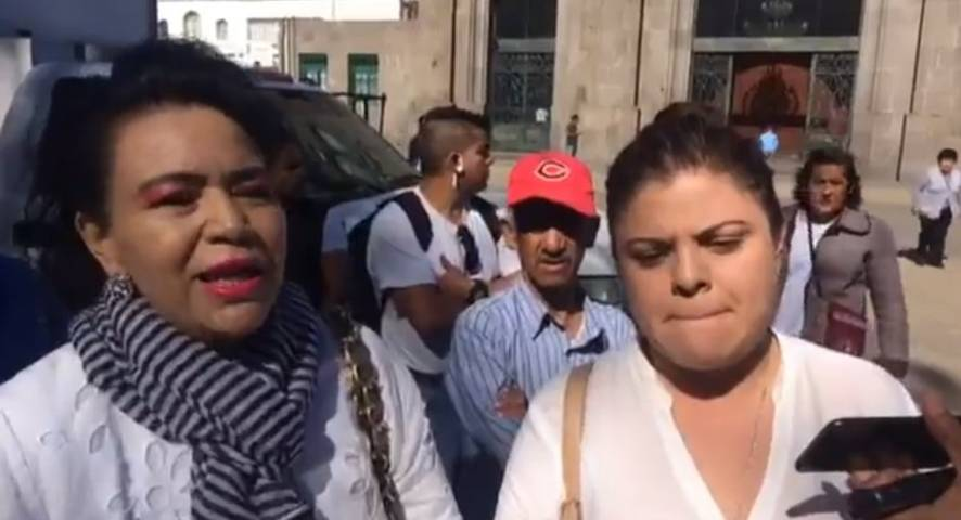 Padres de familia exigen a autoridades que no apapachen a maestros