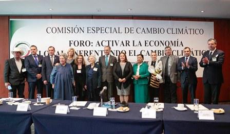 Participa Martha Palafox en foros para activar economías locales