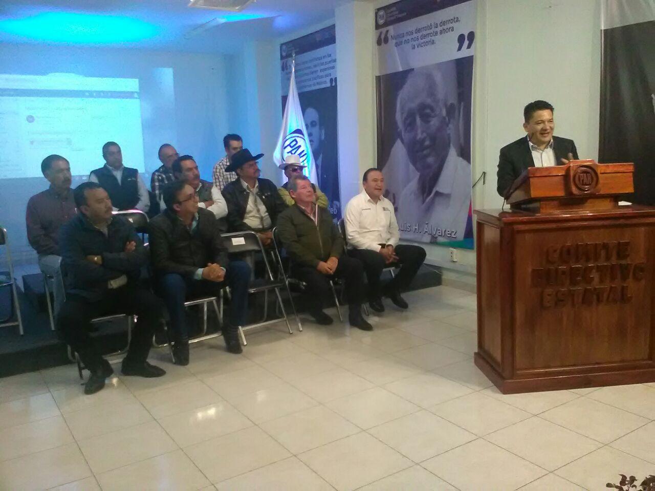 Busca el PAN apoyar a campesinos con Consejo Estatal del Campo