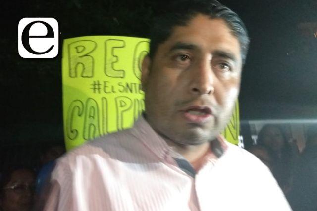 Graban a Arturo Morales reclamándole a una maestra por hablar mal de su planilla