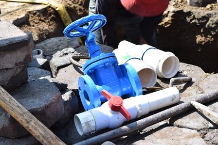 Inicia cambio sistemático de válvulas de compuerta en Panotla