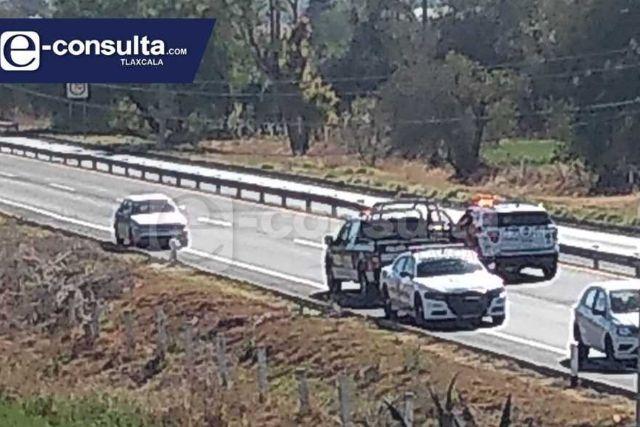 Cierran autopista para exigir obras a Eymard Grande en Panotla