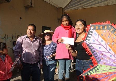 Premian a ganadores del XVI concurso de Papalote Amaxac