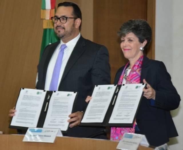 Participa TET en firma de convenio TEPJF-ATERM para implementar Red de Escuelas Judiciales