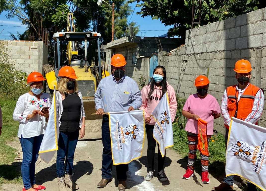 Xicohtzinco ponen en marcha rehabilitación de drenaje en privada Perú