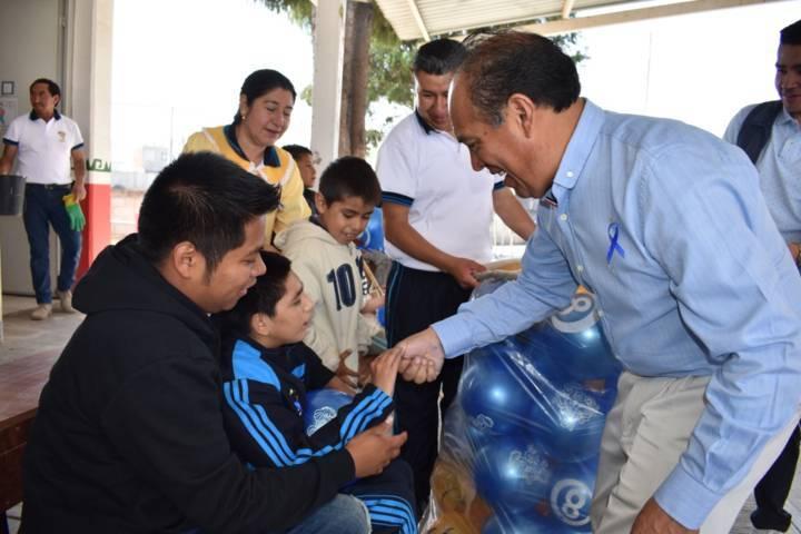 Alcalde de Zacatelco se suma al Día mundial sobre el autismo