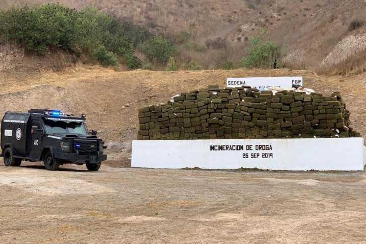 Incinera FGR más de 60 toneladas de narcóticos en 21 estados