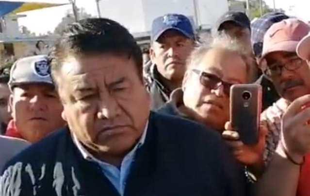 Se descara Rubén; quiere ser diputado y simula defensa límites