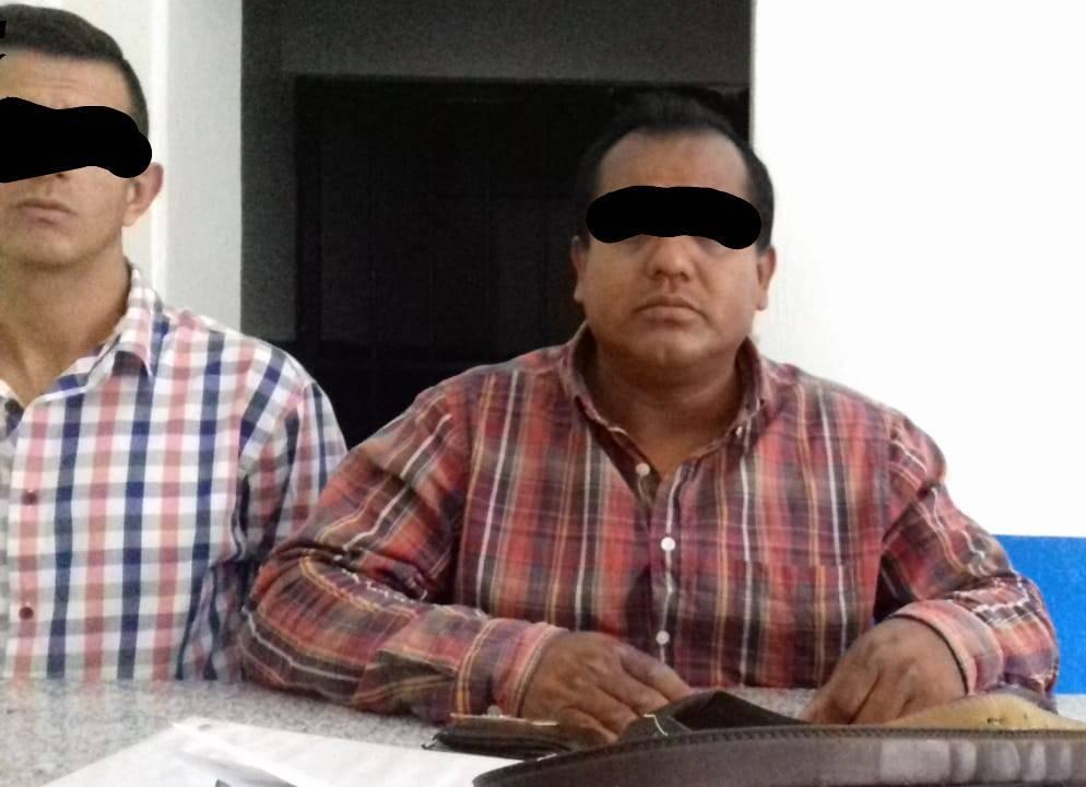 Policía municipal detienen a presuntos extorsionadores de comerciantes