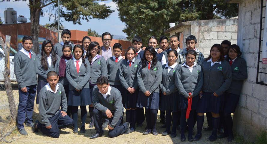 Visita Secretario de Educación a alumnos de telebachillerato en Españita