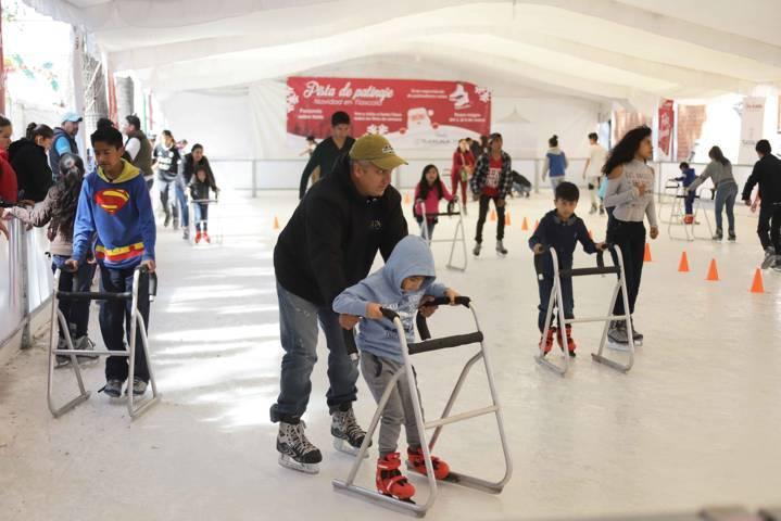 Invita Gobierno del Estado a visitar a los Reyes Magos en la pista de patinaje en hielo