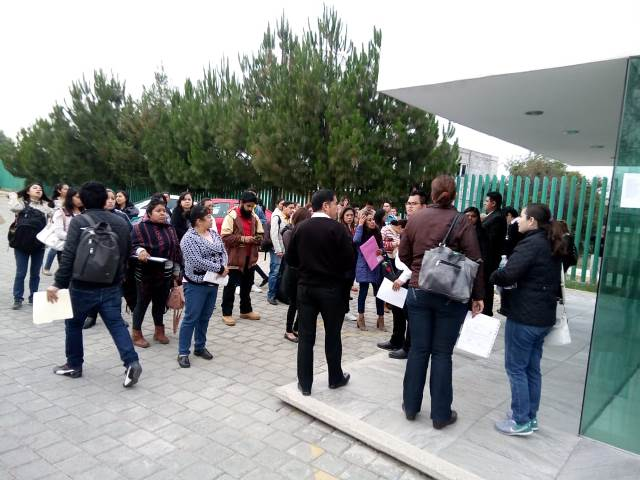 Buscan una plaza 628 maestros tlaxcaltecas de educación básica
