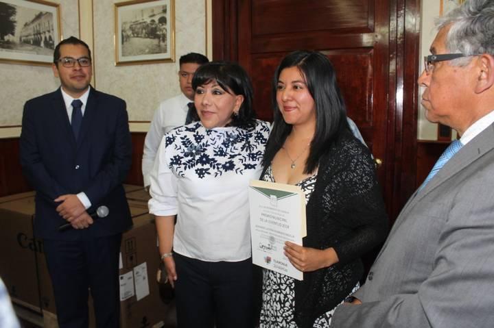 "Convocan a participar en ""Premio Municipal de la Juventud 2019"" en la capital"
