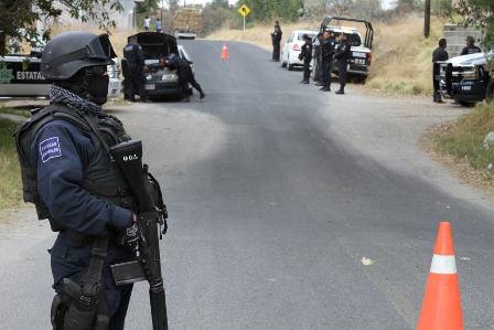 Darán de baja a policía borracho que provocó accidente vial
