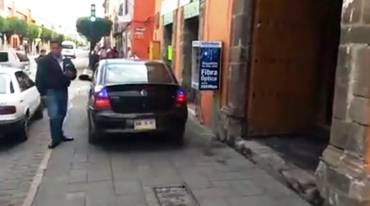 Policía capitalina tolera excesos de automovilistas afectados por protesta