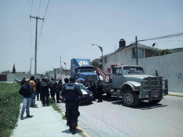 Detiene policía unidad robada en San Pablo del Monte