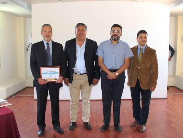 Disertan conferencias magistrales en el Colegio de Tlaxcala