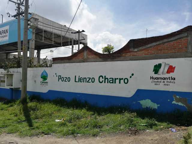 Personal de CAPAMH realiza trabajos de reparación en el pozo Lienzo Charro