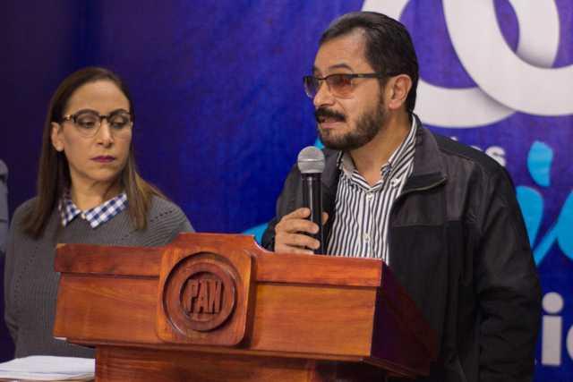 Exige Temoltzin solución inmediata a los 200 trabajadores del ex Seguro Popular