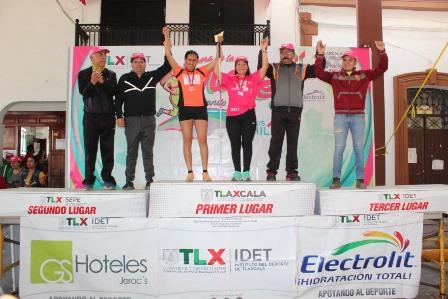 Triunfa Elisa Hernández en la Carrera de la Mujer 2019 en Papalotla