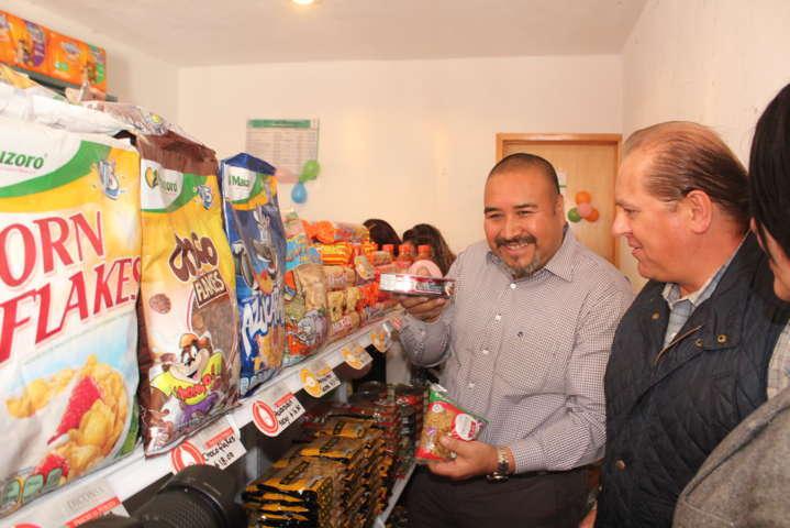 Badillo Jaramillo entrega tienda comunitaria a la ciudadanía