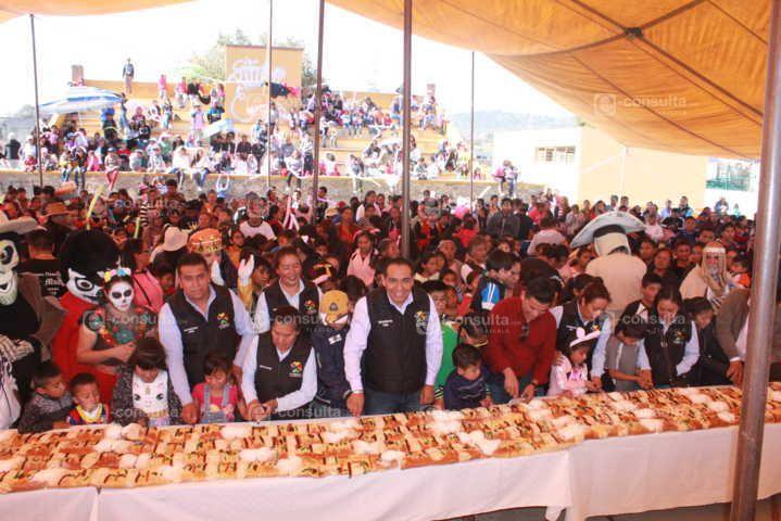 Caballero Yonca arranco miles de sonrisas en el Festival de Día de Reyes