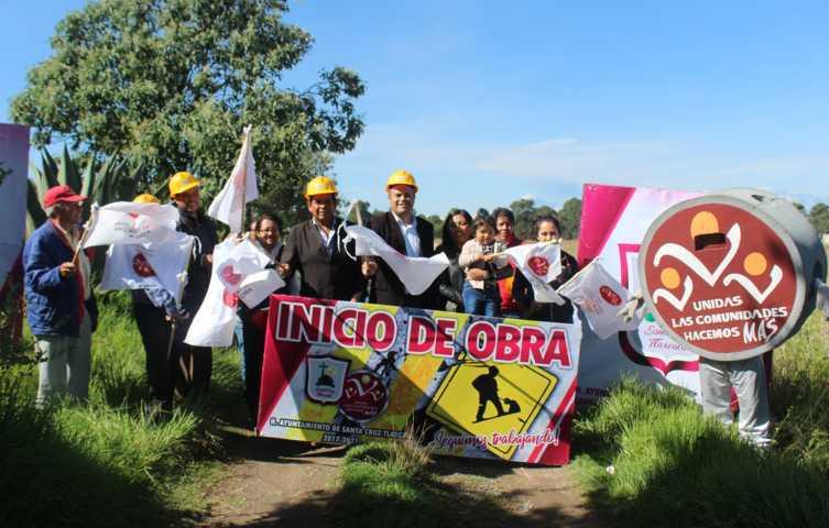 Sanabria Chávez da inicio de obra para ampliar red eléctrica en Jesus Huiznáhuac