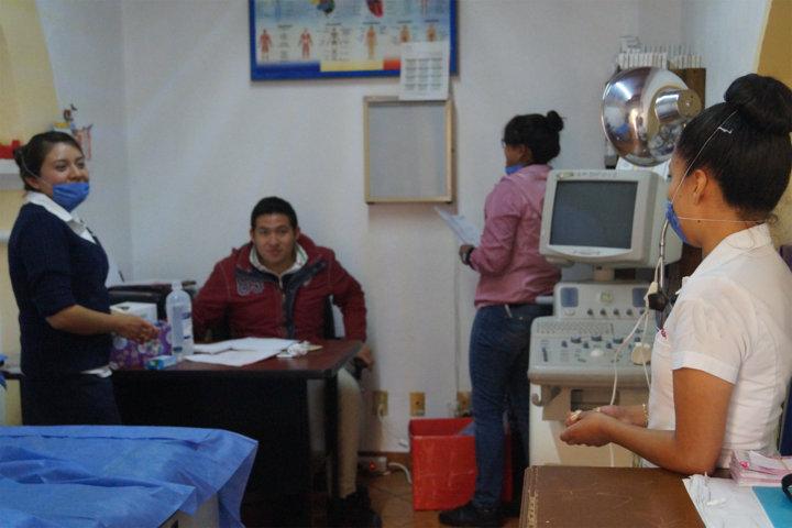 El SMDIF fomenta la cultura de la prevención con estudio de Papanicolau gratuito
