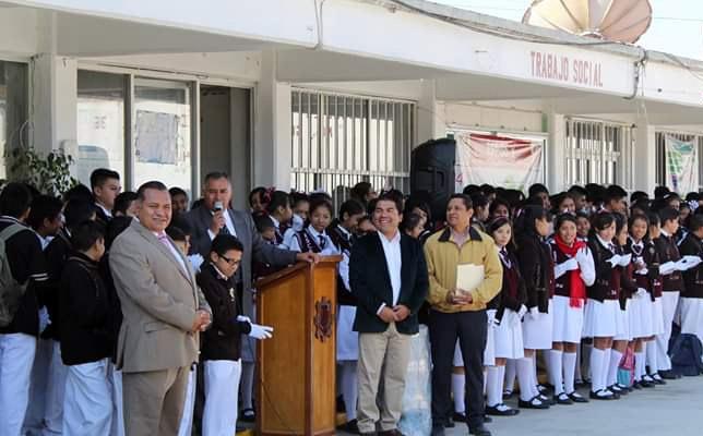 Garrido refuerza su compromiso con la educación