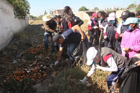 En Quilehtla se suman al reto Challenge para tener un municipio limpio