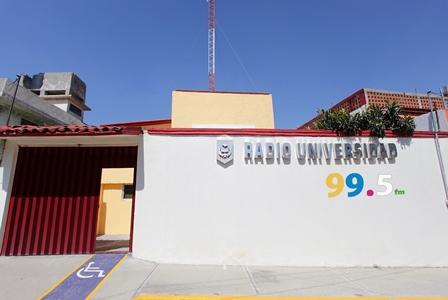 Reconoce INEGI la intensa labor de la estación de la UATx
