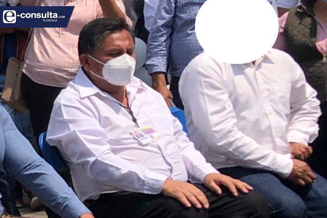 Expresidente de Xiloxoxtla le gritan ratero en pleno evento de Anabell Ávalos