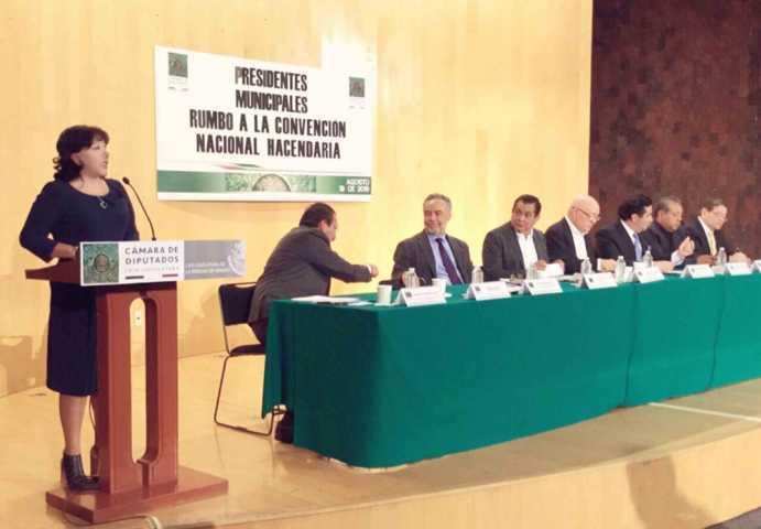 Urgente una redistribución de los recursos a favor de municipios: Ávalos