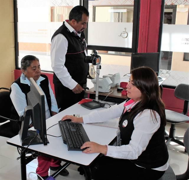Con 4 mil 416 trámites de credencial para votar, reactiva INE los MAC en Tlaxcala