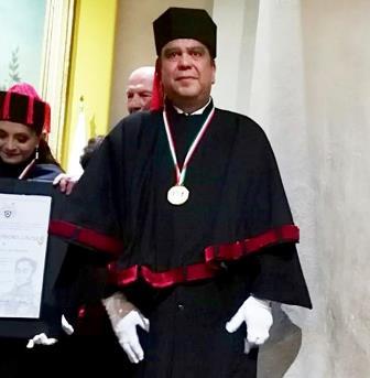 "Felicitan a Gregorio Cervantes por obtener ""Doctorado Honoris Causa"""