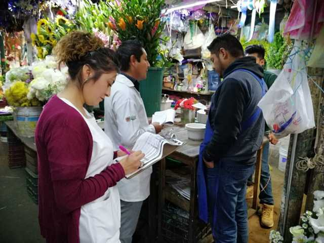 Refuerzan medidas de higiene en Mercado Municipal de Tlaxcala