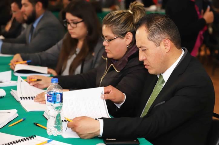 Capacitan a oficiales del Registro Civil para fortalecer la prestación de servicios
