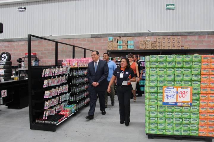 Con la apertura de esta tienda Huamantla ha crecido en su economía: alcalde